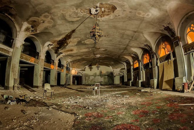 Baker's Hotel in Mineral Wells