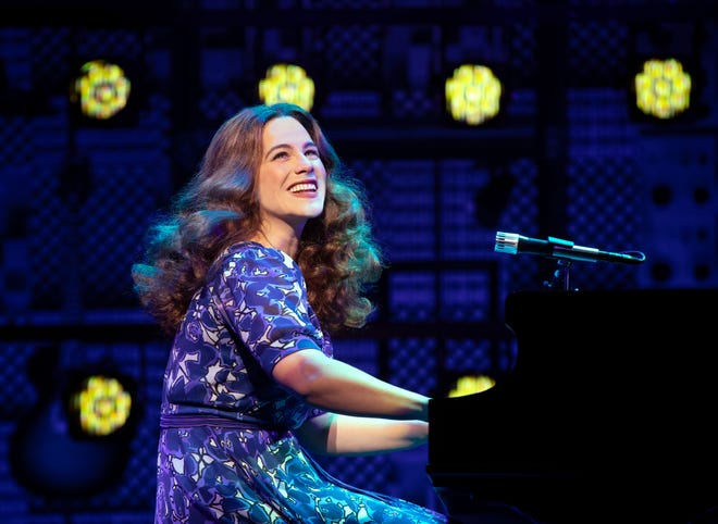 Jessie Mueller portrays Carole King in the musical which won a Grammy Award in 2015 for best musical theater album two Tony Awards in 2014 or best sound design and best lead actress in a musical.