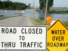 One lane of I-29 near Council Bluffs reopens after third round of flooding