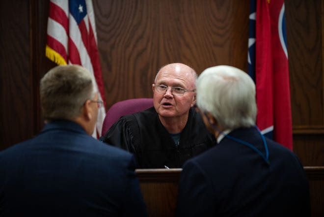 Henderson General SessionsCourt Judge Steve Beal speaks with Walmart and Jessica Conger's counsel during a hearing in Jackson City Court in Jackson, Tenn. on Thursday, Sept. 19, 2019.