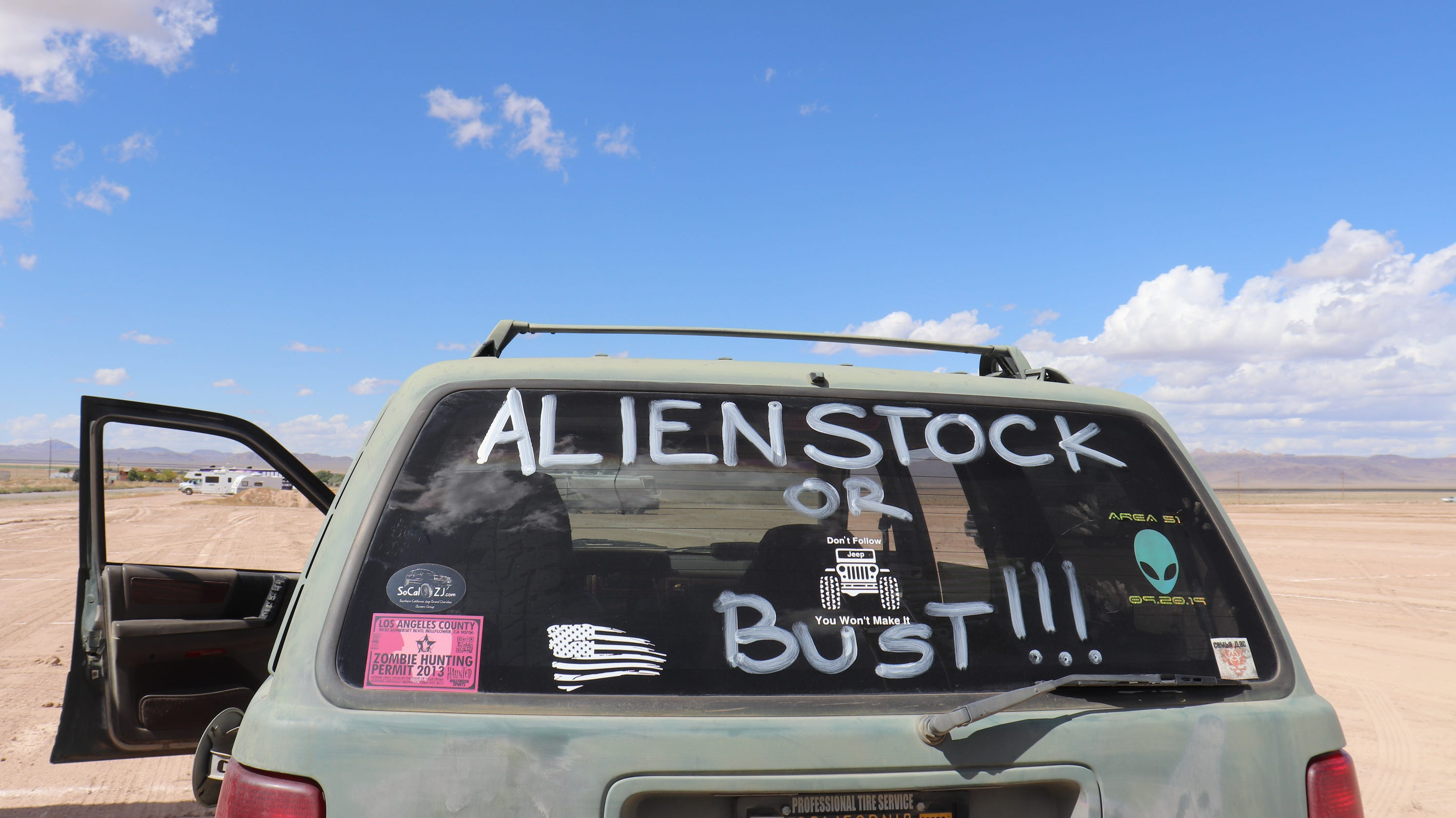 Alienstock music festival draws like-minded seekers to dusty Nevada town in search of 'them aliens'