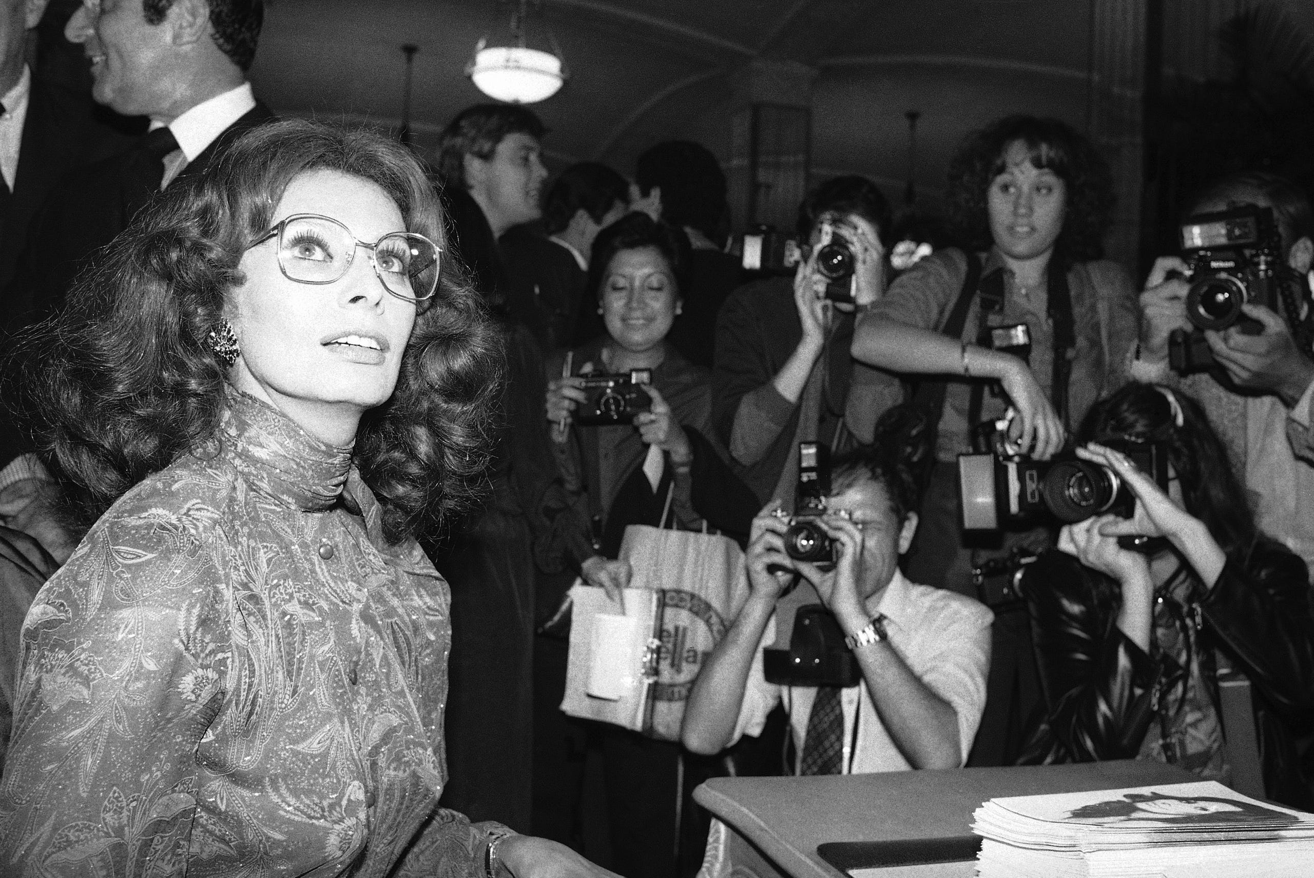 While promoting her autobiographical movie, Loren signed autographs on Sept. 25, 1980, at Lord & Taylor department store in New York.