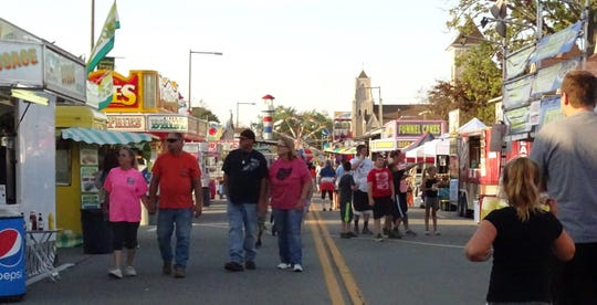 The Crestline Harvest Festival continues through Saturday.