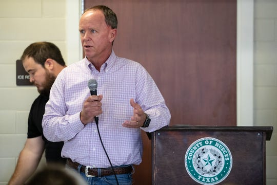 Wade Ingle of Epic addresses residents at a town hall meeting who are affected by the 19 crude oil storage tanks being constructed near Calallen by Epic on Thursday, Sept. 19, 2109.