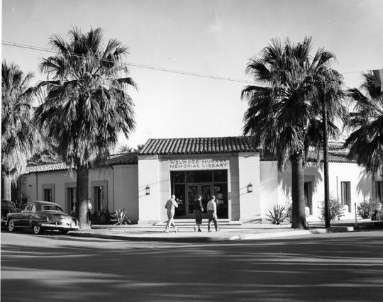 Welwood Murray Memorial Library circa 1950.
