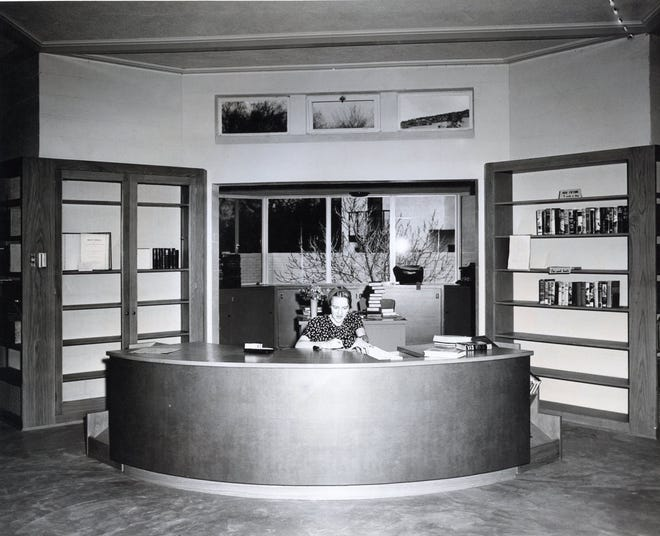 Interior of the Welwood Murray Memorial Library with its spectacular circular reference desk.