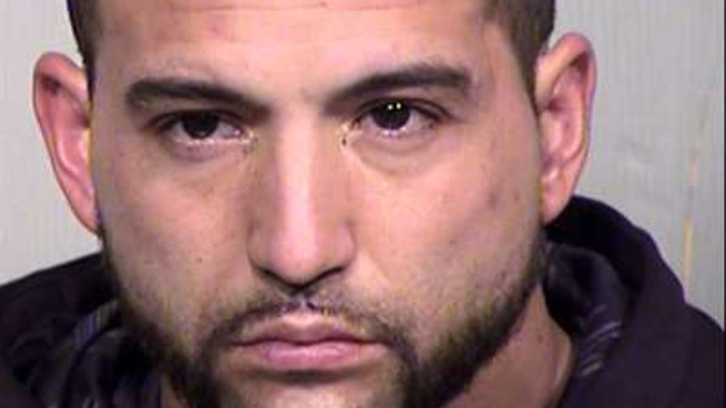 1 dead, 1 injured in Phoenix after altercation leads to stabbing and shooting