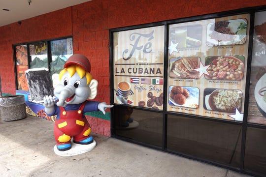 The exterior of Fe La Cubana in Glendale.