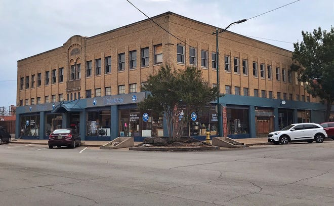 The Filgo Building at 1000 Indiana was built in 1929, originally as a two-story structure for the Bailey-Moline Hardward Company by G.W. Filgo. Plans for the building include restoration of historic windows and storefront, masonry cleaning and repair.