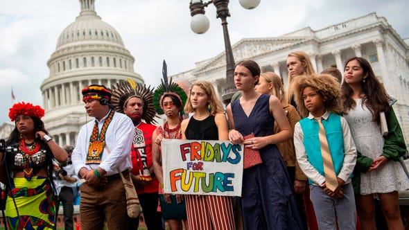 Indigenous Amazonian leaders from Brazil and Ecuador take part in a media event together with young environmental activists and Greta Thurnberg in Washington DC.