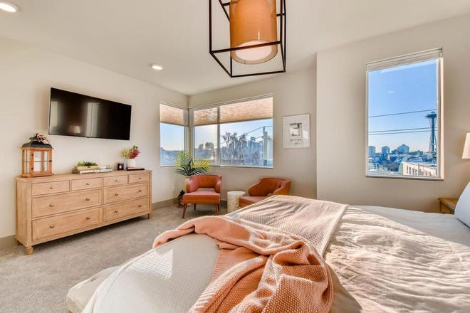 Remove the guesswork of pricing your home as a short-term rental with Vrbo's rent potential calculator.