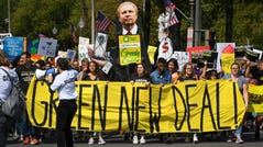 9/20/19 11:29:33 AM -- Washington, DC, U.S.A -- Global Climate Strike: Protesters in Washington, D.C., gather near the National Mall and march to the U.S. Capitol as part of a global strike urging world leaders to act on climate change.