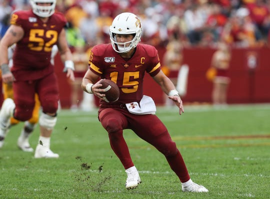 Iowa State Cyclones quarterback Brock Purdy (15) runs the football against the Louisiana Monroe Warhawks at Jack Trice Stadium. The Cyclones beat the Warhawks 72 to 20.