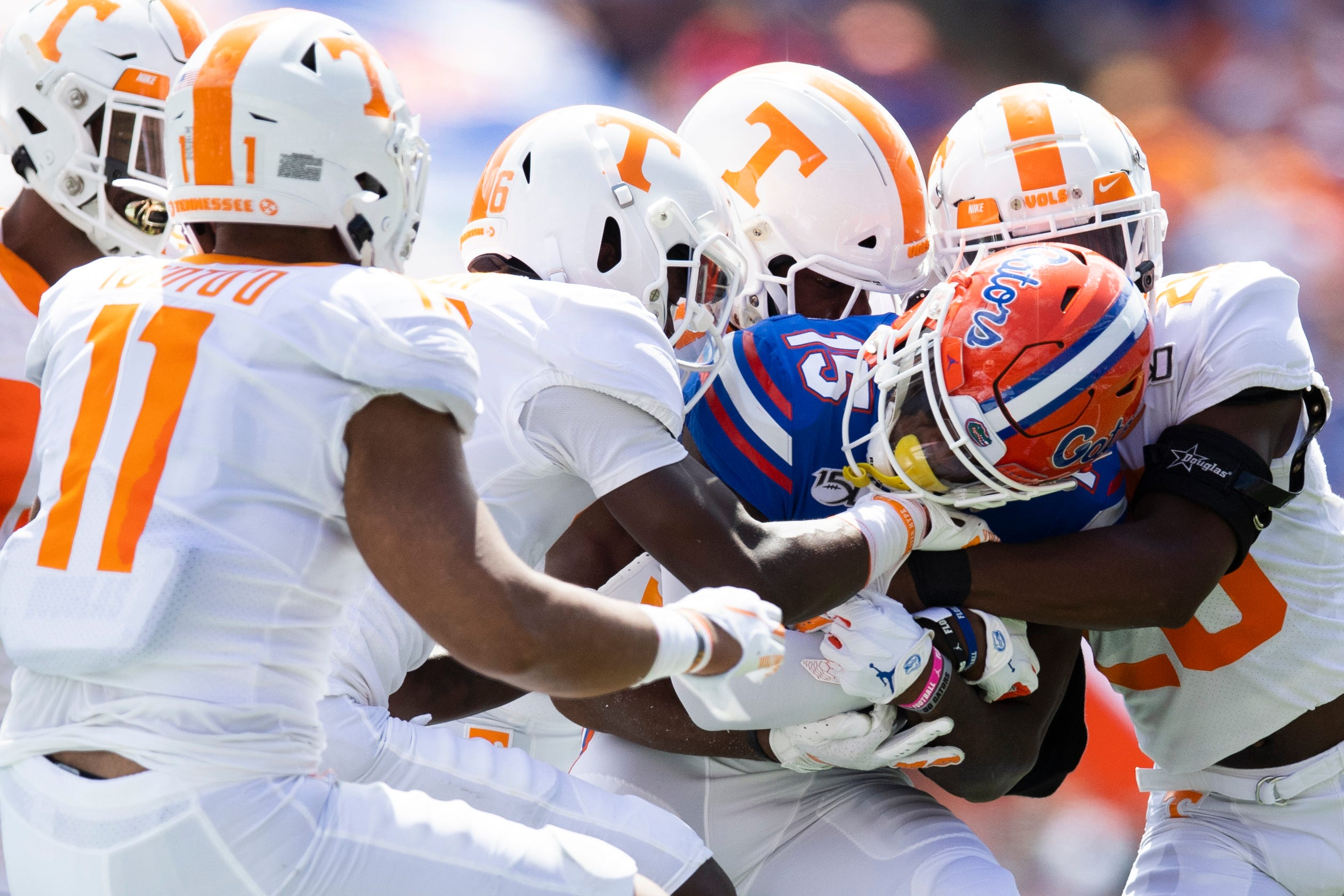Tenneessee Vols football vs. Florida Gators game action in pictures