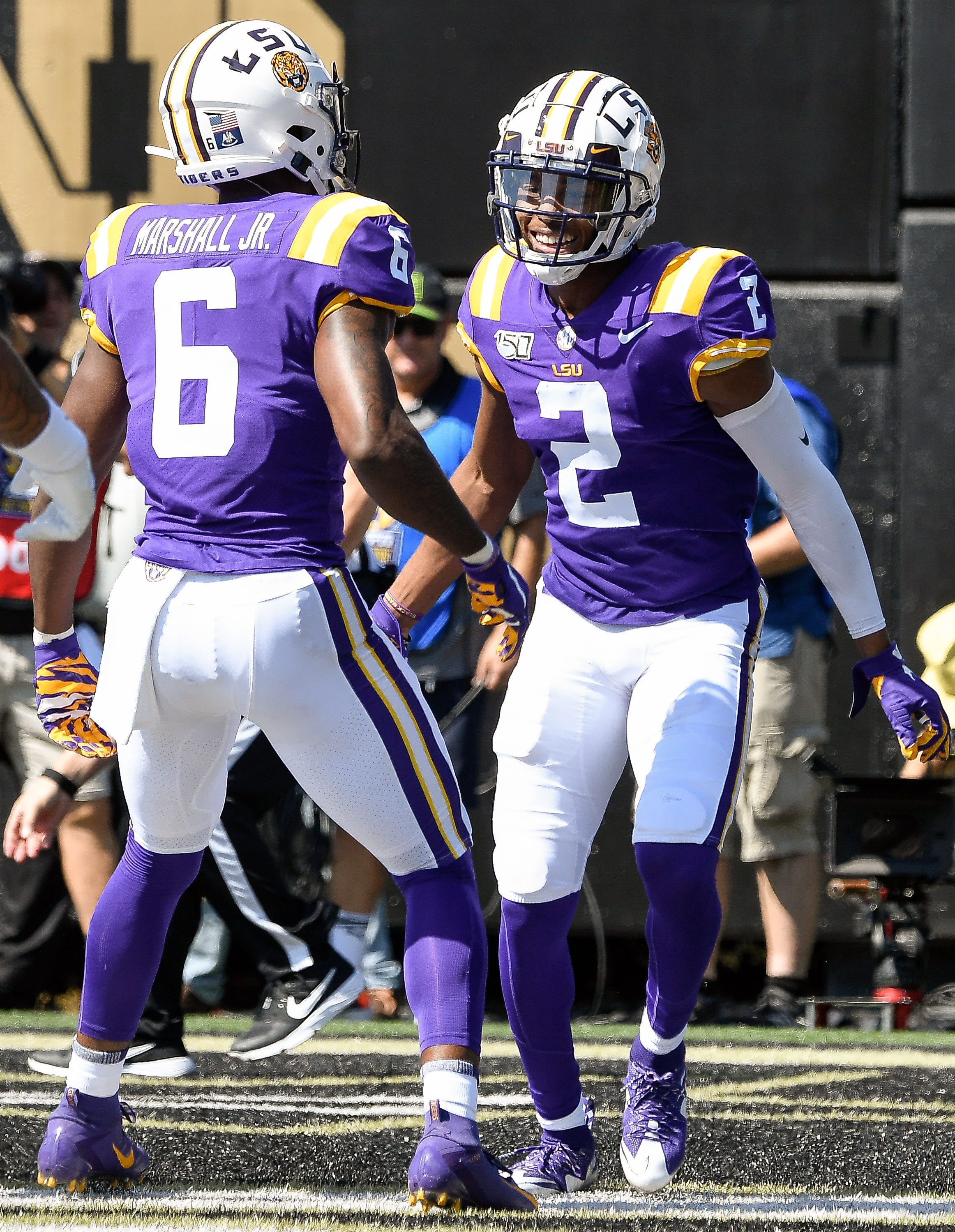 LSU football wears purple uniforms rarely in back-to-back games