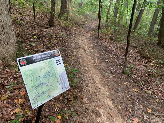 Volunteers are spending a few hours each week to help clear a new hiking and biking trail at Great Seal State Park.