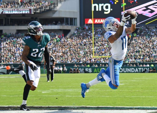 Lions receiver Marvin Jones catches a 12-yard touchdown pass during the fourth quarter of the Lions' 27-24 win on Sunday, Sept. 22, 2019, in Philadelphia.