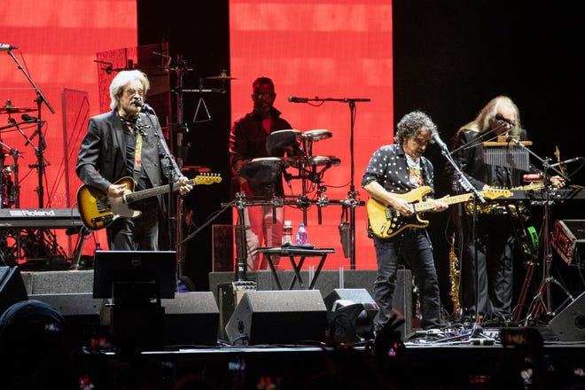 Bourbon & Beyond day two featured act Hall & Oates on the Oak Stage at dusk. 9/21/19