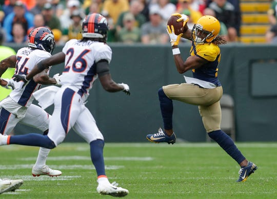 Green Bay Packers wide receiver Davante Adams (17) makes a catch against the Denver Broncos during their football game Saturday, September 22, 2019, at Lambeau Field in Green Bay, Wis.Joshua Clark/USA TODAY NETWORK-Wis.