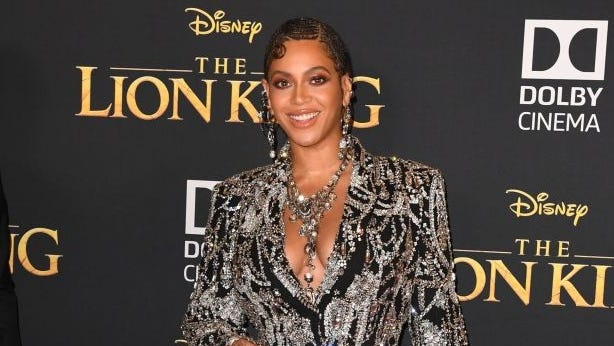 Beyonce Drops Rare Photos Of Blue Ivy S Party Twins Family Time