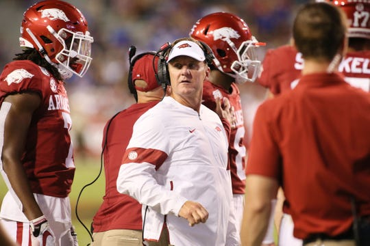 Arkansas Razorbacks head coach Chad Morris talks to his team during the first half against the San Jose State Spartans at Donald W. Reynolds Razorback Stadium.