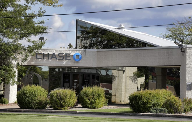 Chase Bank at 2127 S. Memorial Drive in Appleton will close Nov. 5. The bank is on the site of the former Valley Fair Mall.