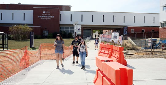OCC students head to the parking lot. A natural gas leak forced the evacuation of several buildings on the Ocean County College campus. Toms River, New Jersey. Monday, September 23, 2019. David Gard /Correspondent