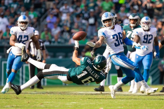 Mike Ford breaks up a pass play to Eagles receiver Mack Hollins during the fourth quarter.