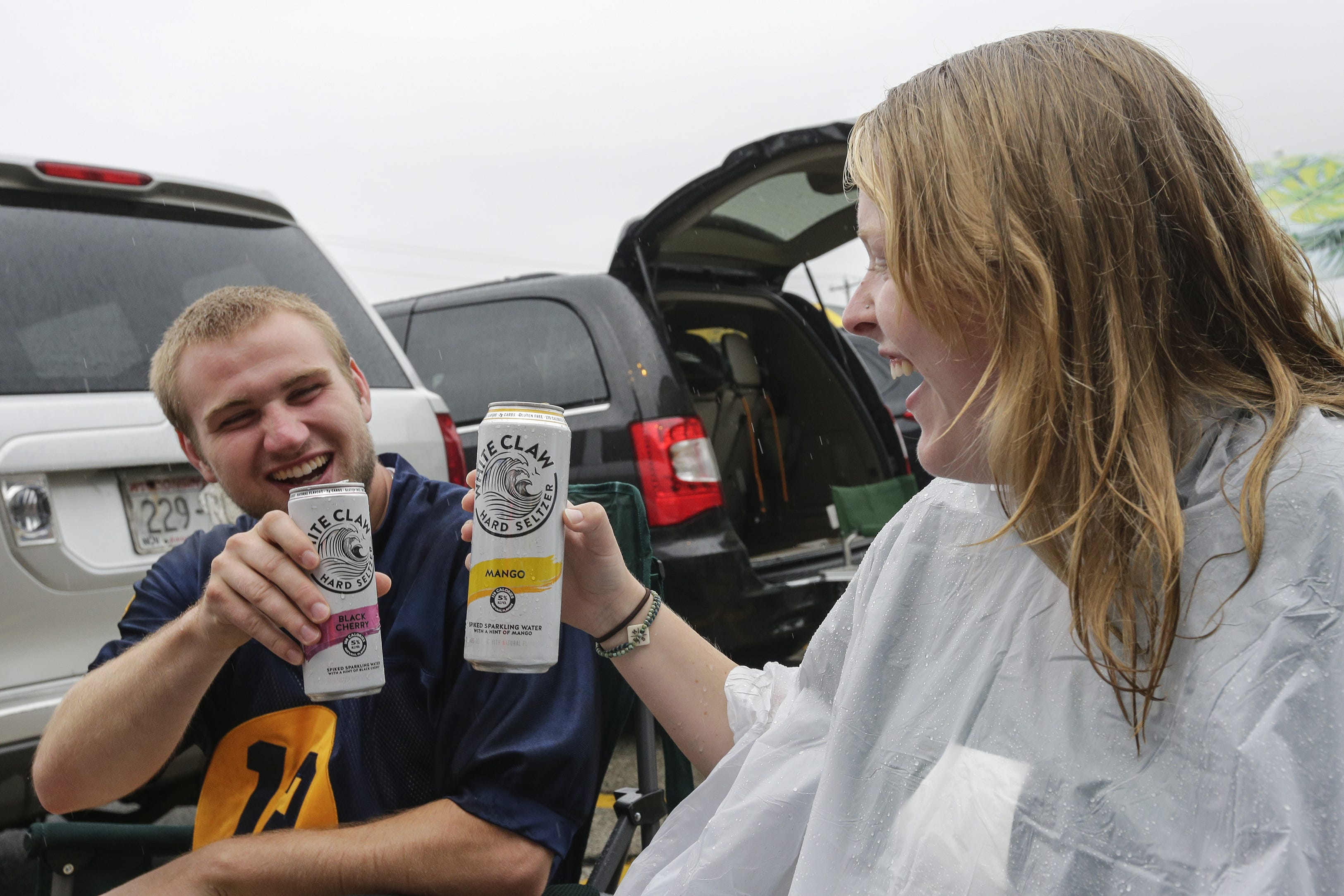 Green Bay Packers Seltzer Can Cooler