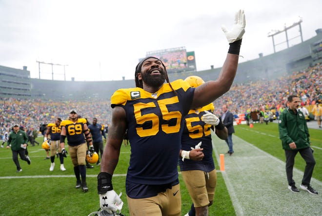 Green Bay Packers outside linebacker Za'Darius Smith is celebrating the birth of his son.