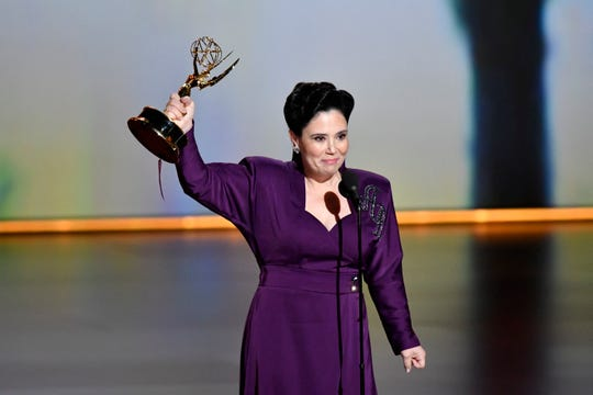 """The Marvelous Mrs. Maisel"" star Alex Borstein shows off her new Emmy for supporting actress in a comedy."