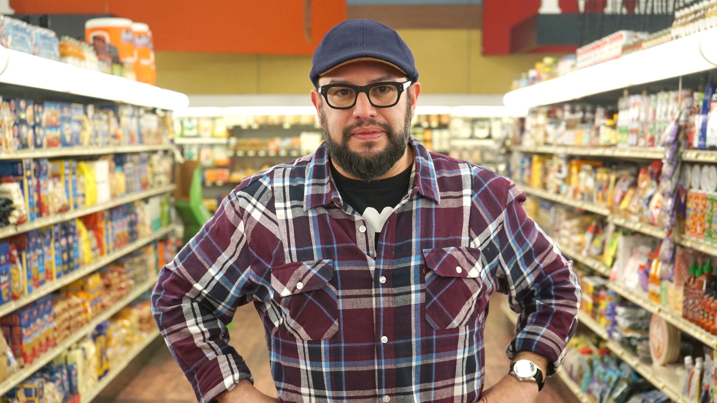 Food Network star Carl Ruiz died of clogged arteries
