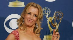 9/18/2005: 57th Annual Emmy Awards -- Los Angeles, CA -- Felicity Huffman in the photo room at the Shrine Auditorium during the EMMY Awards. (Photo by Jack Gruber, USA TODAY) (Via MerlinFTP Drop)