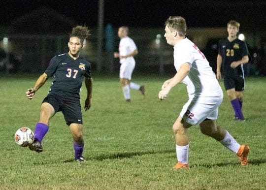 Unioto's Jayce Wingo dribbles the ball during a 4-0 win over Zane Trace Monday night at Unioto High School on Sept. 23, 2019, in Chillicothe, Ohio.