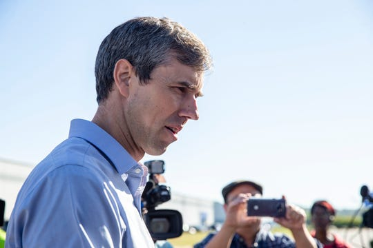 Beto O'Rourke, democratic presidential candidate speaks with members of UAW Local 674 Tuesday, September 24, 2019, who are on strike from a GM distribution facility in West Chester.
