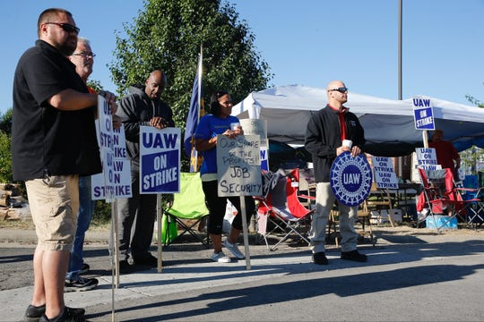 UAW members on strike from GM Service Parts Operations center in West Chester, Ohio.