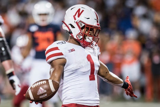 Nebraska's Wan'Dale Robinson scores in the second half Saturday against Illinois.