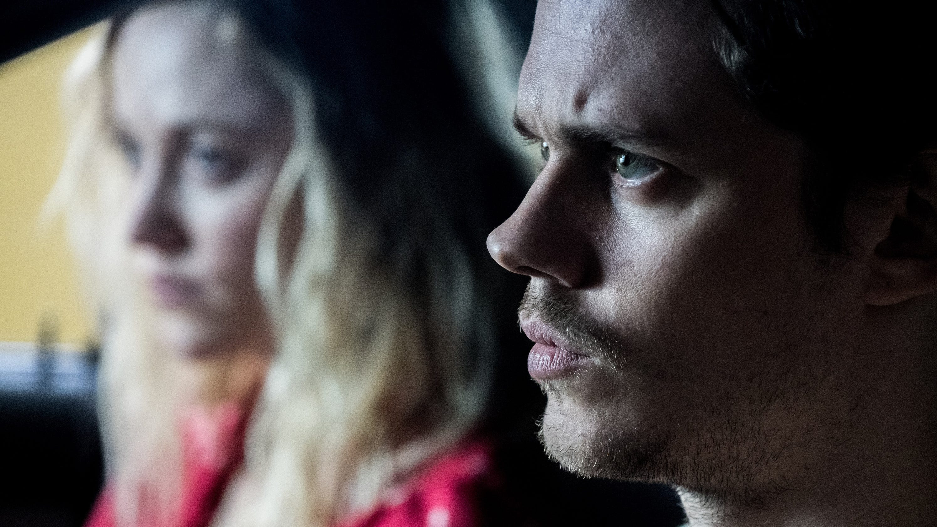 Ana Claudia Talancon Sex Scene in 'villains,' bill skarsgård and jeffrey donovan are fun