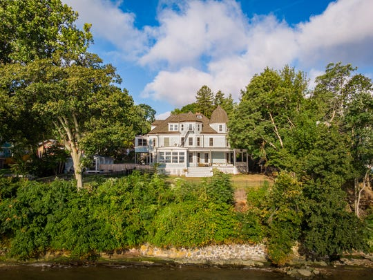 A home in Nyack owned by singer/rapper Matisyahu offers amazing views and creative energy.