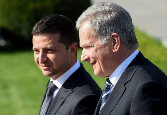 Ukraine's President Volodymyr Zelensky (left) and Finnish President Sauli Niinisto on Sept. 12, 2019.