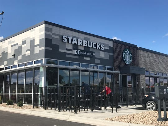 Starbucks And H M Open In Fox Cities Today The Buzz