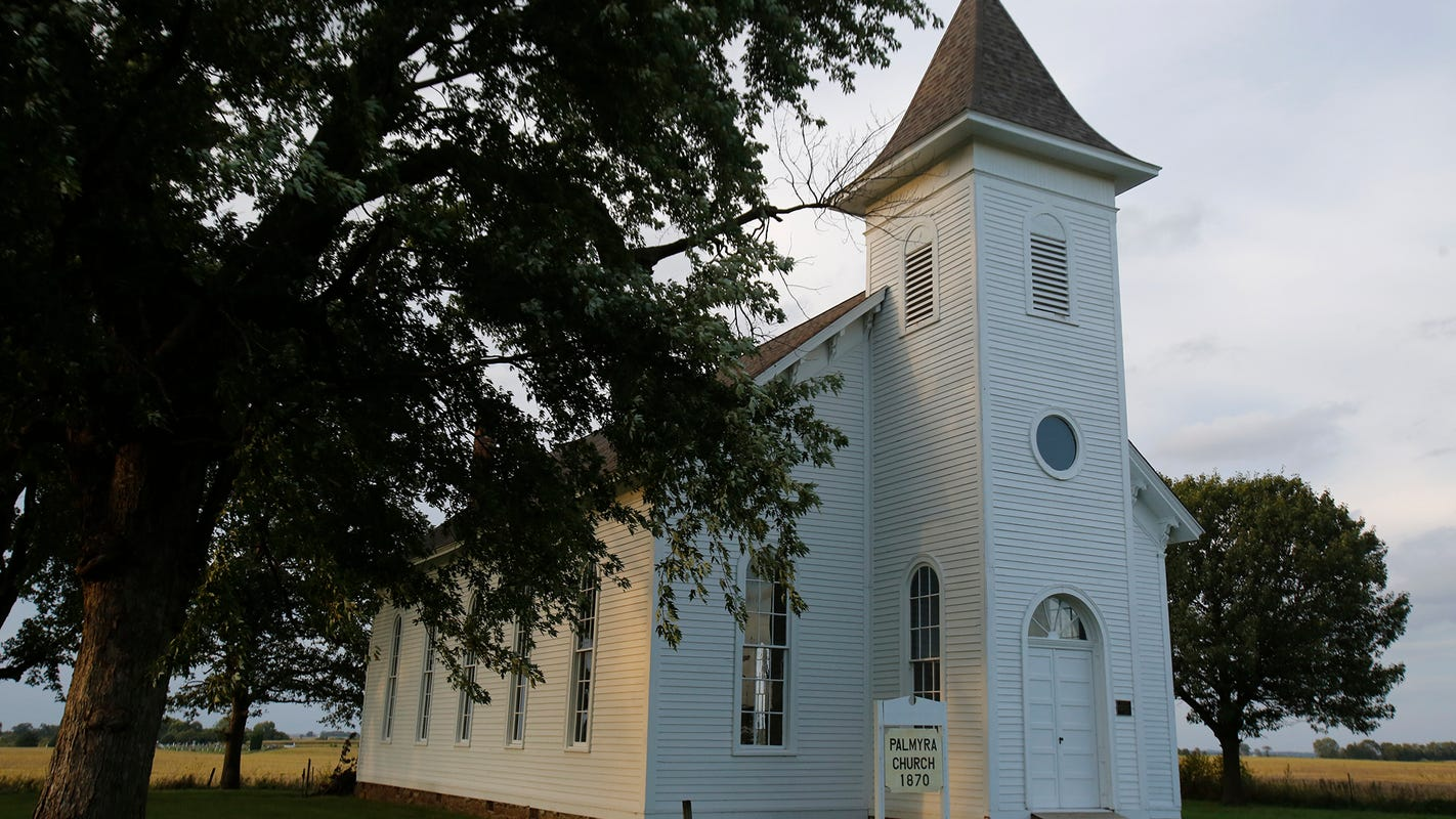 Volunteers work to restore Iowa country church on National Register of Historic Places