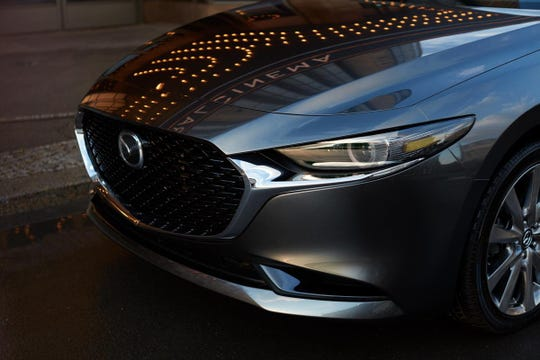 The 2019 Mazda3's distinctive front grille.