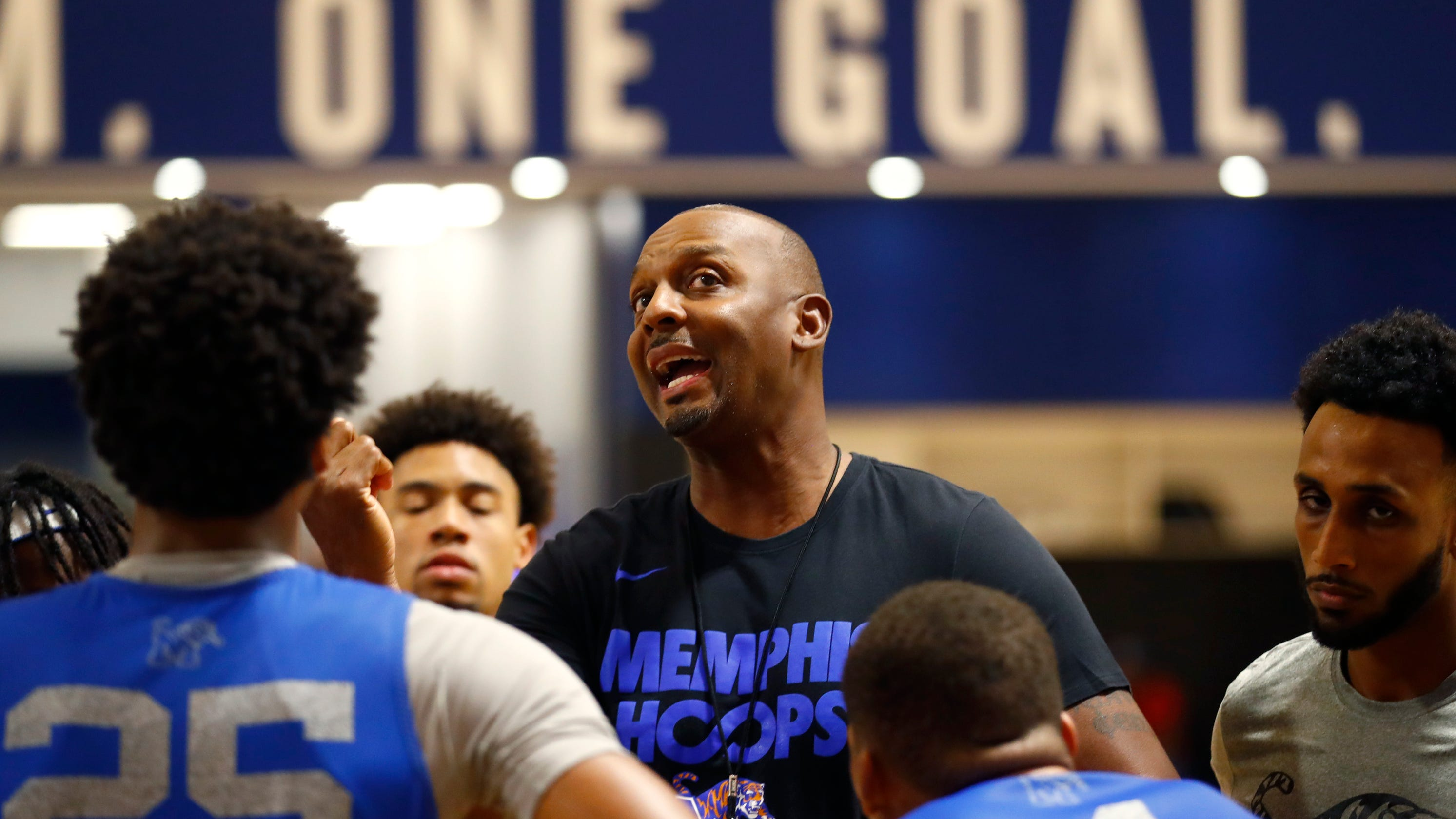 Memphis Basketball Penny Hardaway S Tigers Ranked In Ap Top