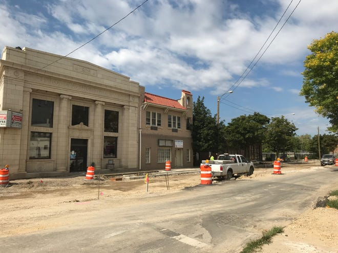 Construction on Teutonia Avenue is expected to extend into the winter.