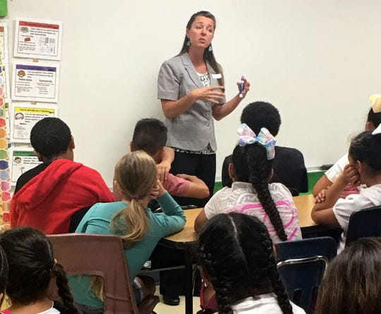 Bataan Elementary School fifth-grade students learned about the Bill of Rights during a Constitution Day lesson. Gillian Sherwood, a private attorney from Silver City, NM, is an volunteer for the State Bar of New Mexico with the Young Lawyers Division. Their goal is to bring the US Constitution to life for New Mexico students. Fifth graders found out how important the rights of citizens are and they also received a pamphlet on The Constitution of the United States and The Declaration of Independence from the State Bar of New Mexico. Students were from Melissa Noriega, Gina Simms and Kim Perea classes.