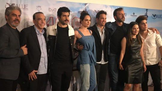 """Kuno presentó en México la cinta """"108 Costuras"""", que se estrenará el 4 de octubre."""