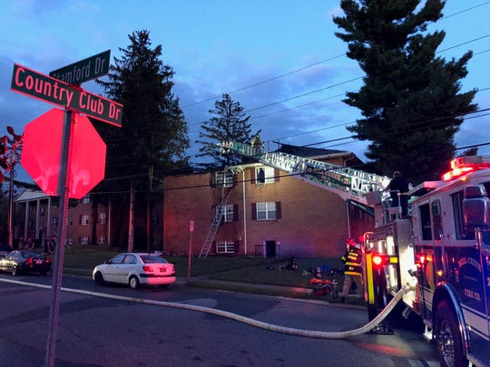 A fire forced an apartment building in Newark to evacuate Tuesday night.