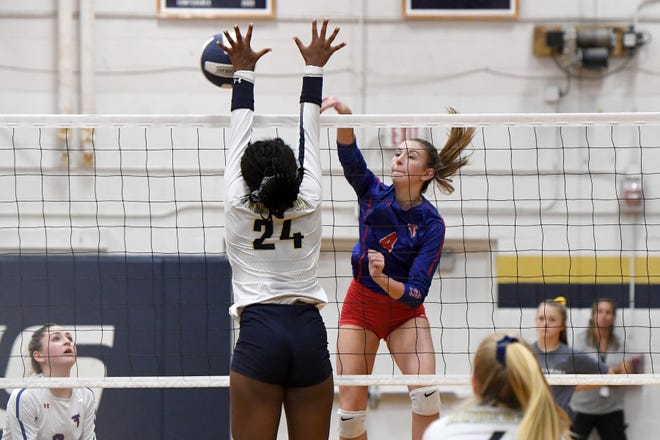 Roberson hosted West Henderson in volleyball on Sept. 25, 2019.