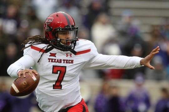 Jett Duffey will take control of the Texas Tech offense after the shoulder injury suffered by starting quarterback Alan Bowman against Arizona.
